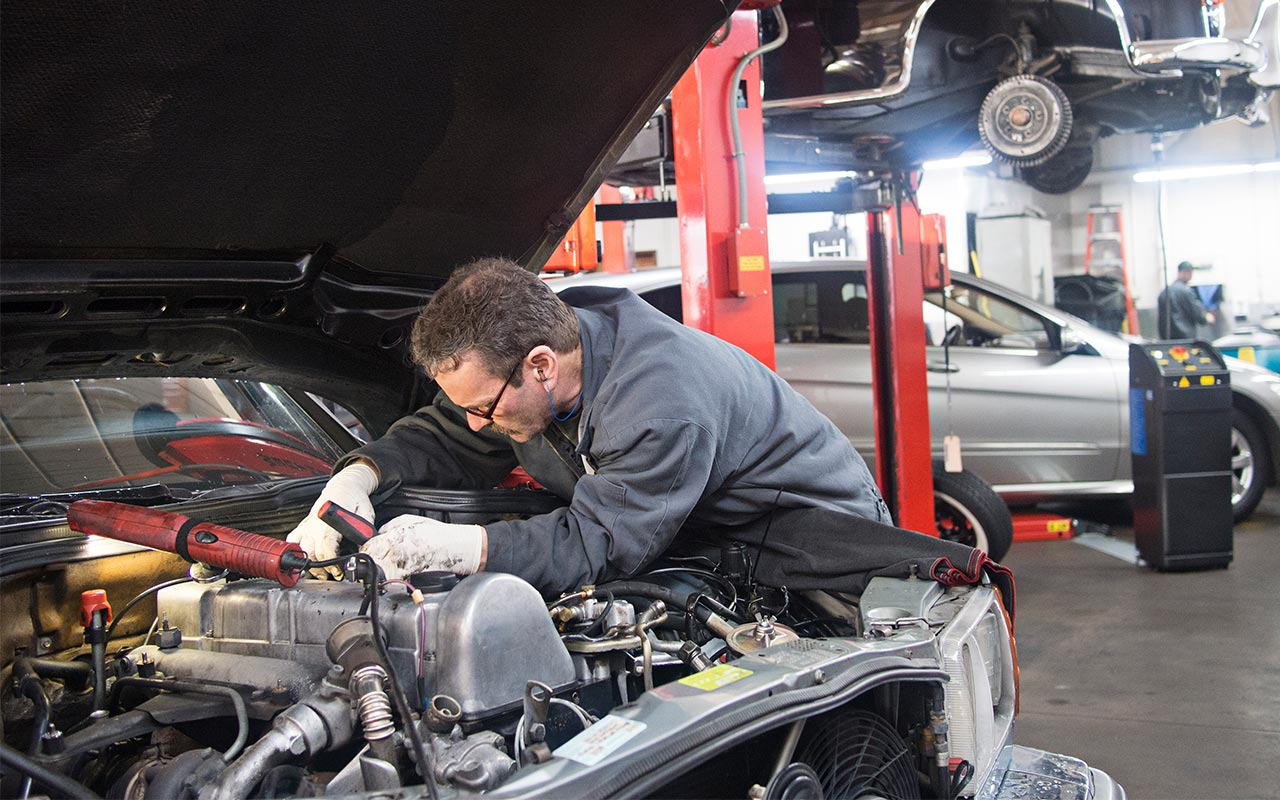 How Tekmetric Shop Management System Benefits Repair Shop Owners And Their Clients