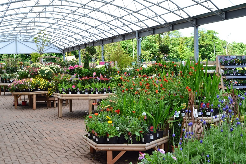 8 Impressive Ways to Growing more in Your Garden Space greenhouse