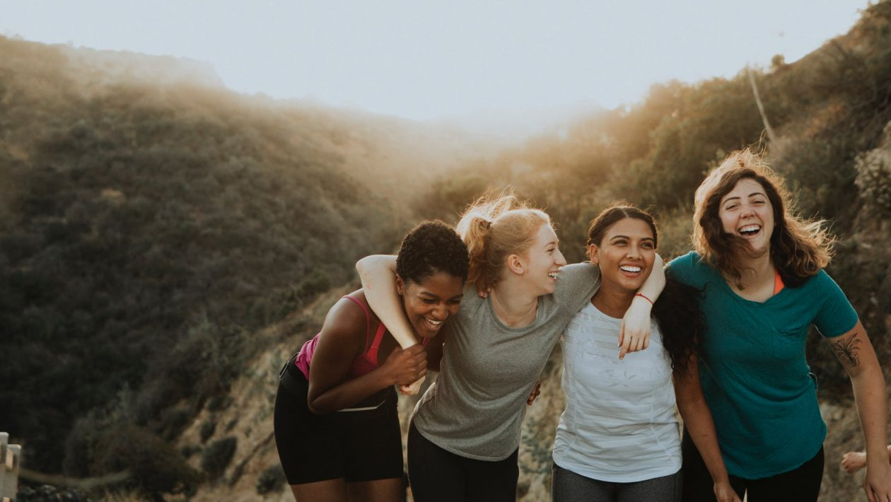 How You Can Make Friends While Travelling Alone?